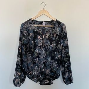 NWOT Xhilaration Chiffon Blouse Large